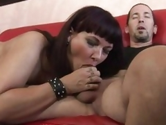 Luscious Carrie Ann wraps her lips around a giant penis