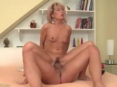 Taut mom vagina bounces on big youthful jock