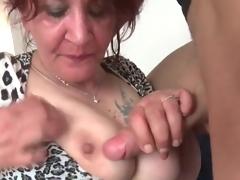 Youthful dick gets hard in older mouth