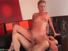 Short hair blond mature fucked in constricted cunt