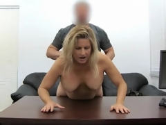 Blonde milf dilettante screwed in her slutty fur pie