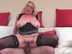 Large butt aged in black nylons fucked