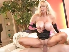 Milf Tia Gunn enjoys getting her soaked slot slammed