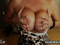 Hot golden-haired milf gets lascivious showing off