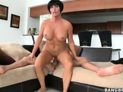 The breathtaking Milf relishes each second of that sexy sexual meeting