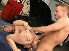 The mechanics tool gets lost here the sexy box of slutty Tanya Tate
